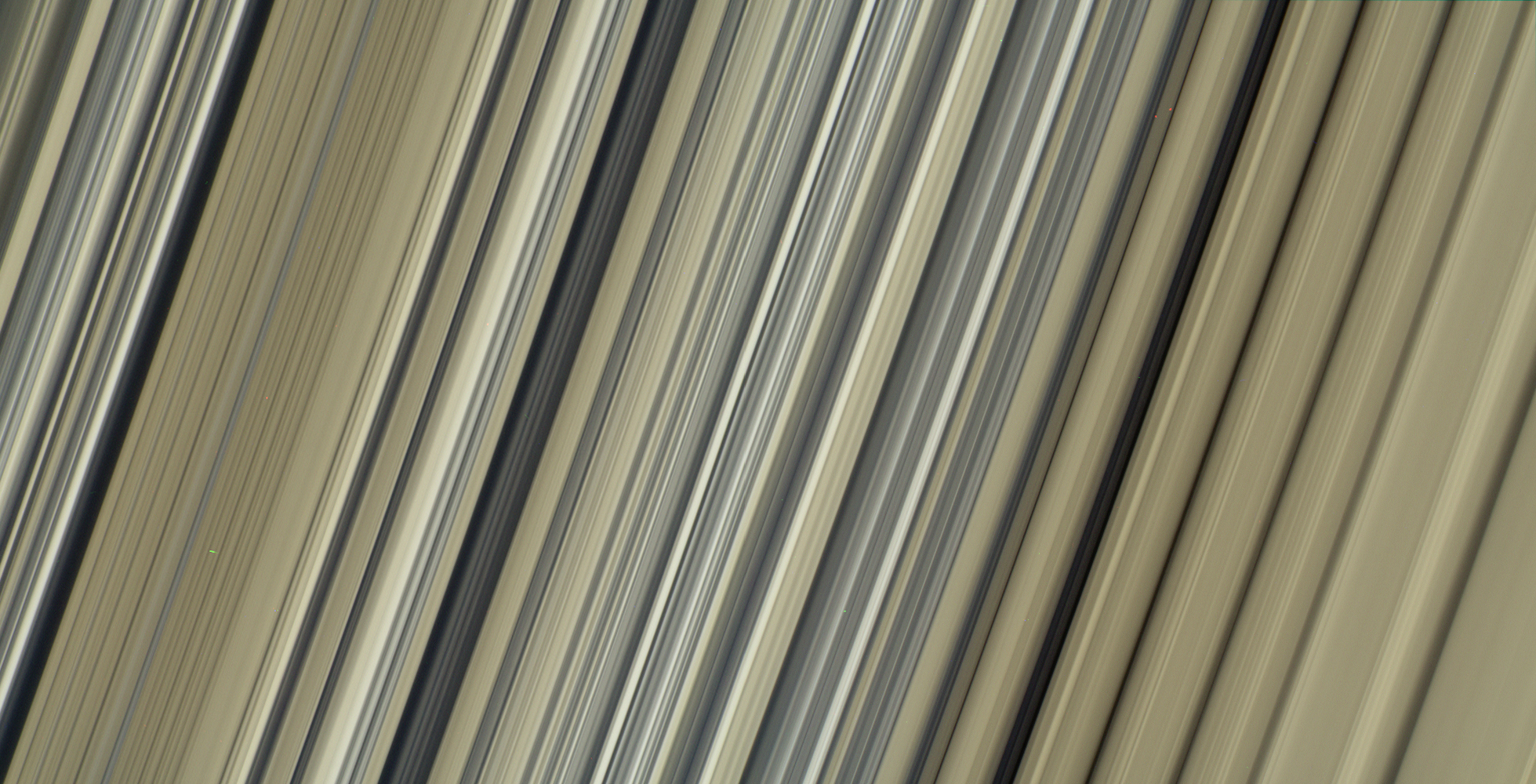 Up-close image of Saturn's rings from Cassini