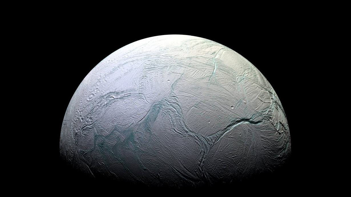 Flying Through the Plume on Saturn's Moon Enceladus