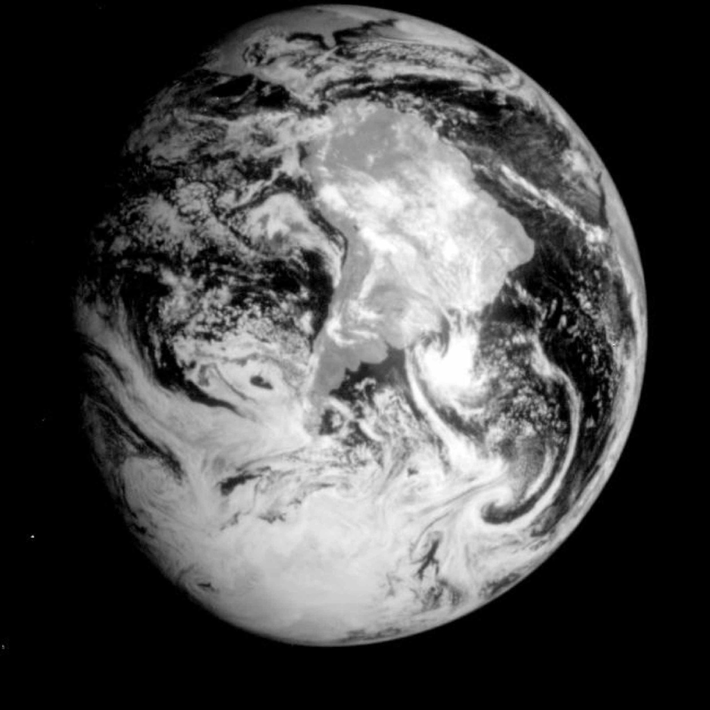 Space Images | Global View of Earth in the Near-Infrared