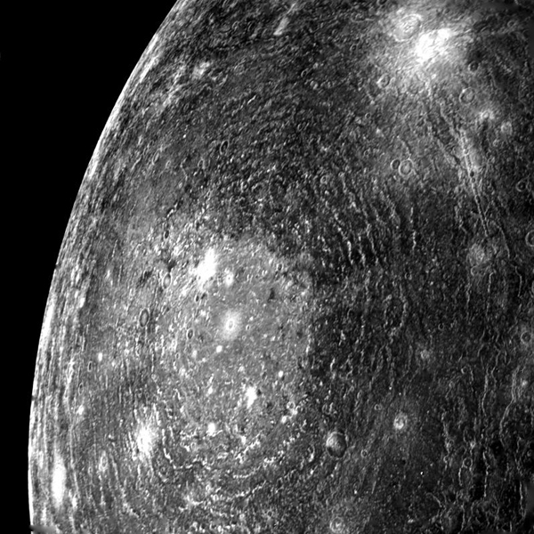 This picture of a multi-ring basin on Callisto was taken by NASA's Voyager 1 on the morning of March 6, 1979, from a distance of about 200,000 km.