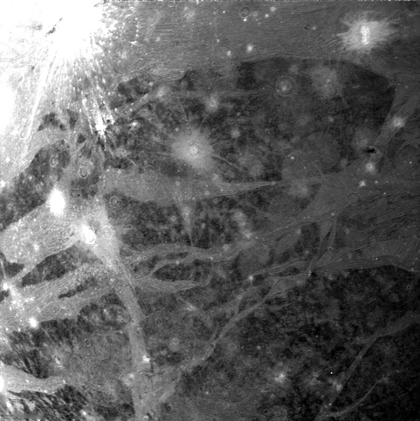 NASA's Voyager 2 took this picture of Ganymede on 5 March 1979. It was taken with the narrow-angle camera from a range of 270,000 kilometers.
