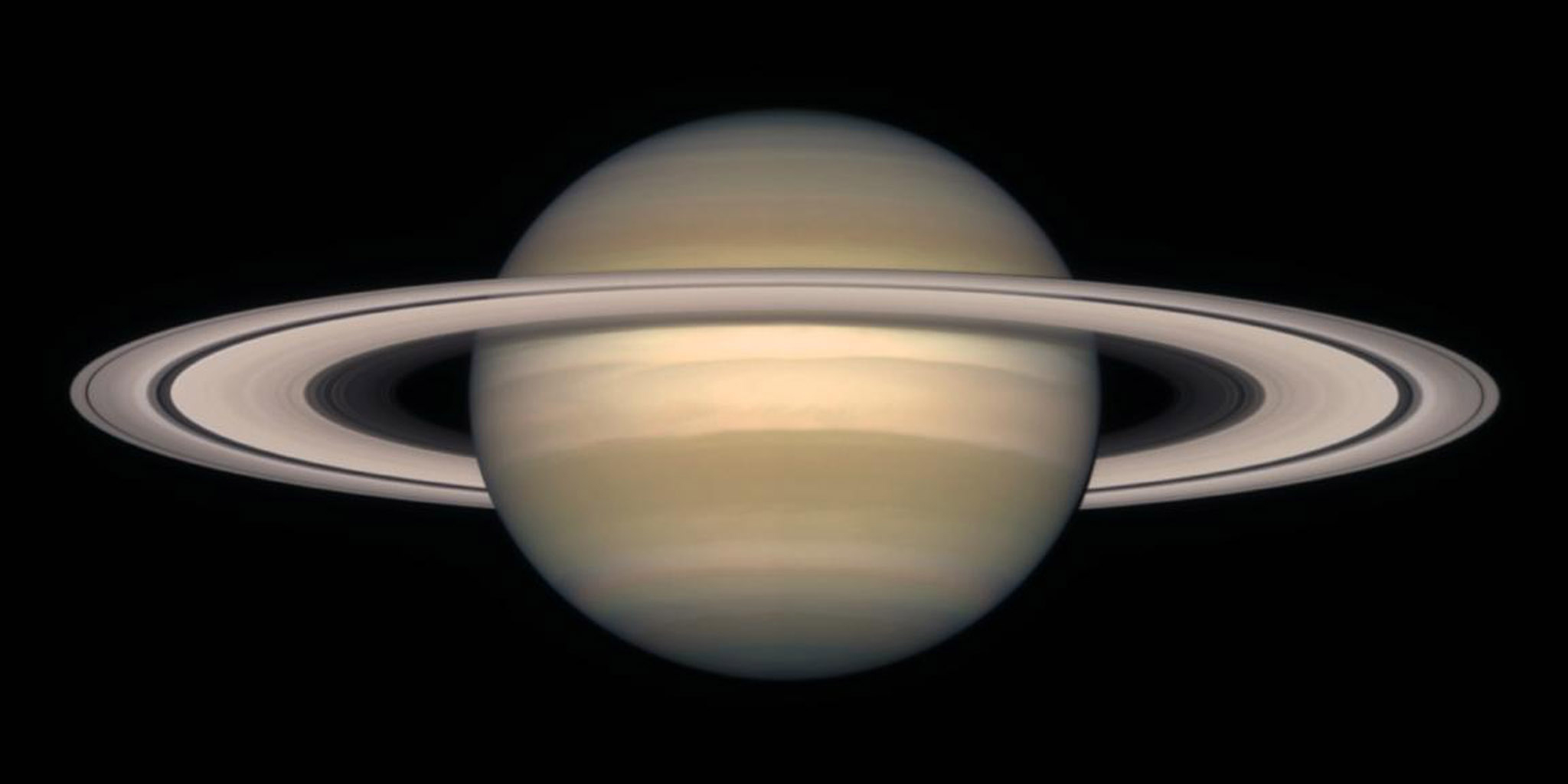 Space Images A Change Of Seasons On Saturn October 1997