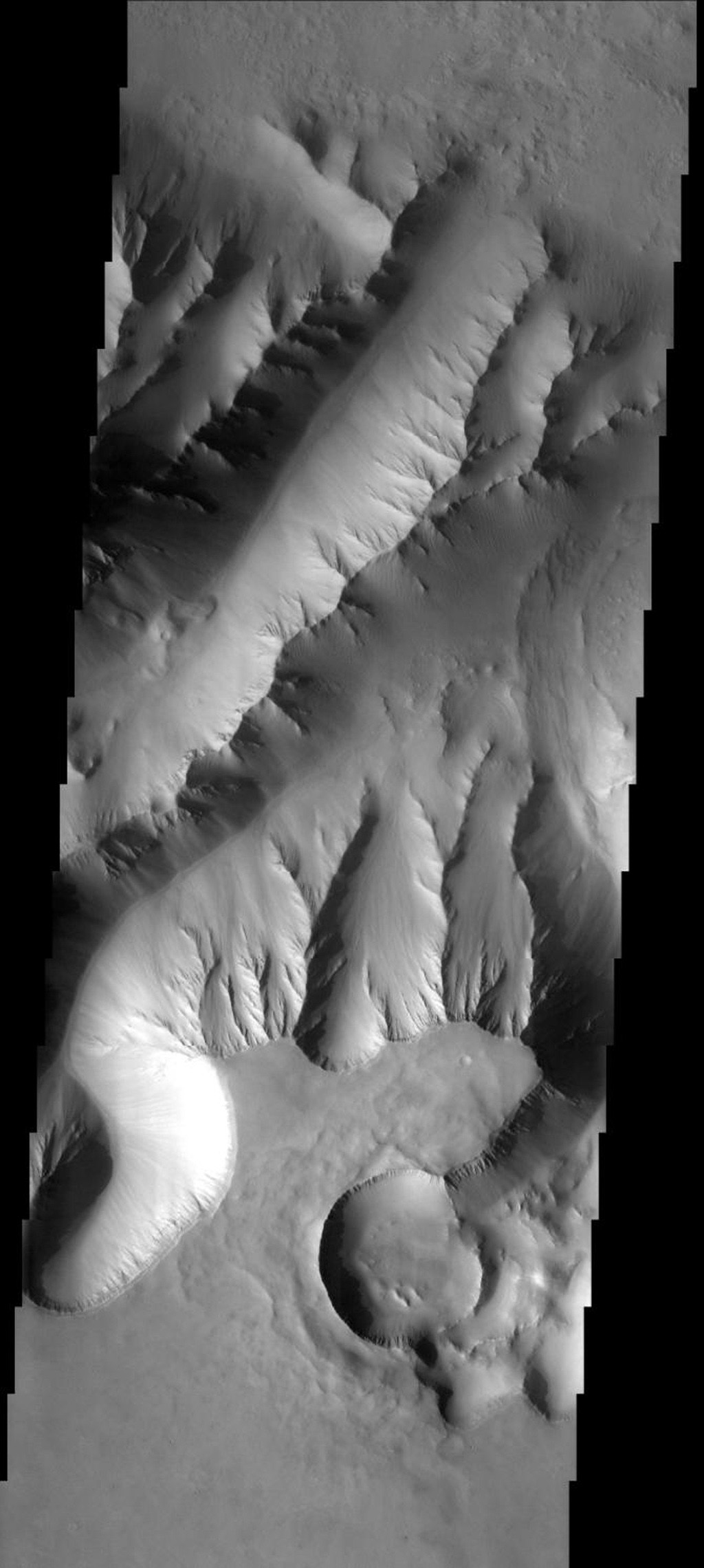 Using the JMars targeting software, eighth grade students from Charleston Middle School in Charleston, IL, selected the location of -8.37N and 276.66E for capture by NASA's 2001 Mars Odyssey spacecraft in its sixth orbit of Mars on Nov. 22, 2005.