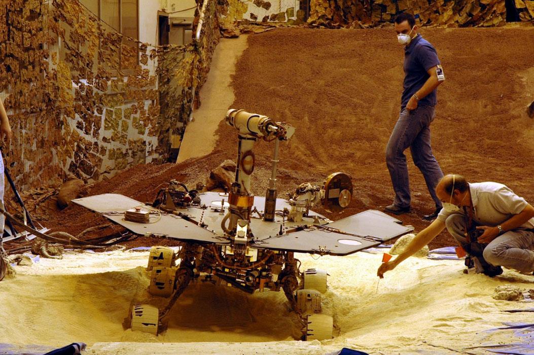 Mars Rovers Curiosity Opportunity amp Spirit  Studycom