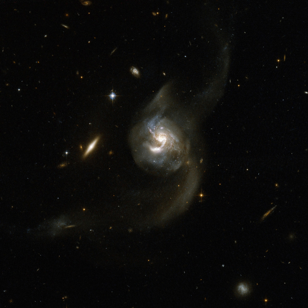 hubble galaxies pair - photo #9