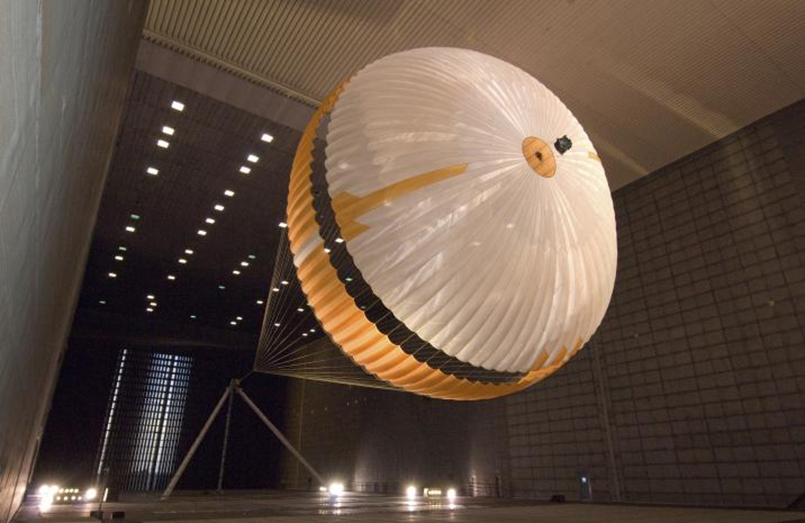 Space Images | Mars Parachute Testing in World's Largest ...