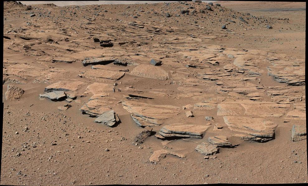خودروی کنجکاوی با اندازهگیری گرانش سطح بهرام، رازی را درباره کوه شارپ آشکار کرد