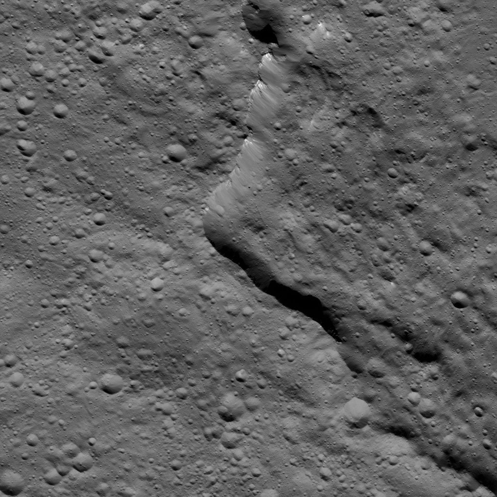 This view from NASA's Dawn spacecraft taken on May 29, 2016, shows the southern rim of Gaue Crater on Ceres.