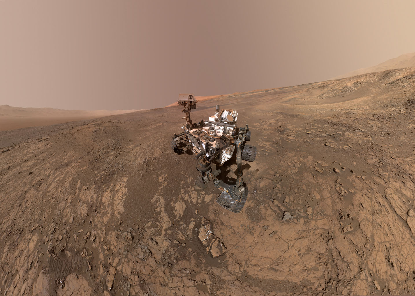 Panoramic images show Curiosity's route on Mars since 2012 landing