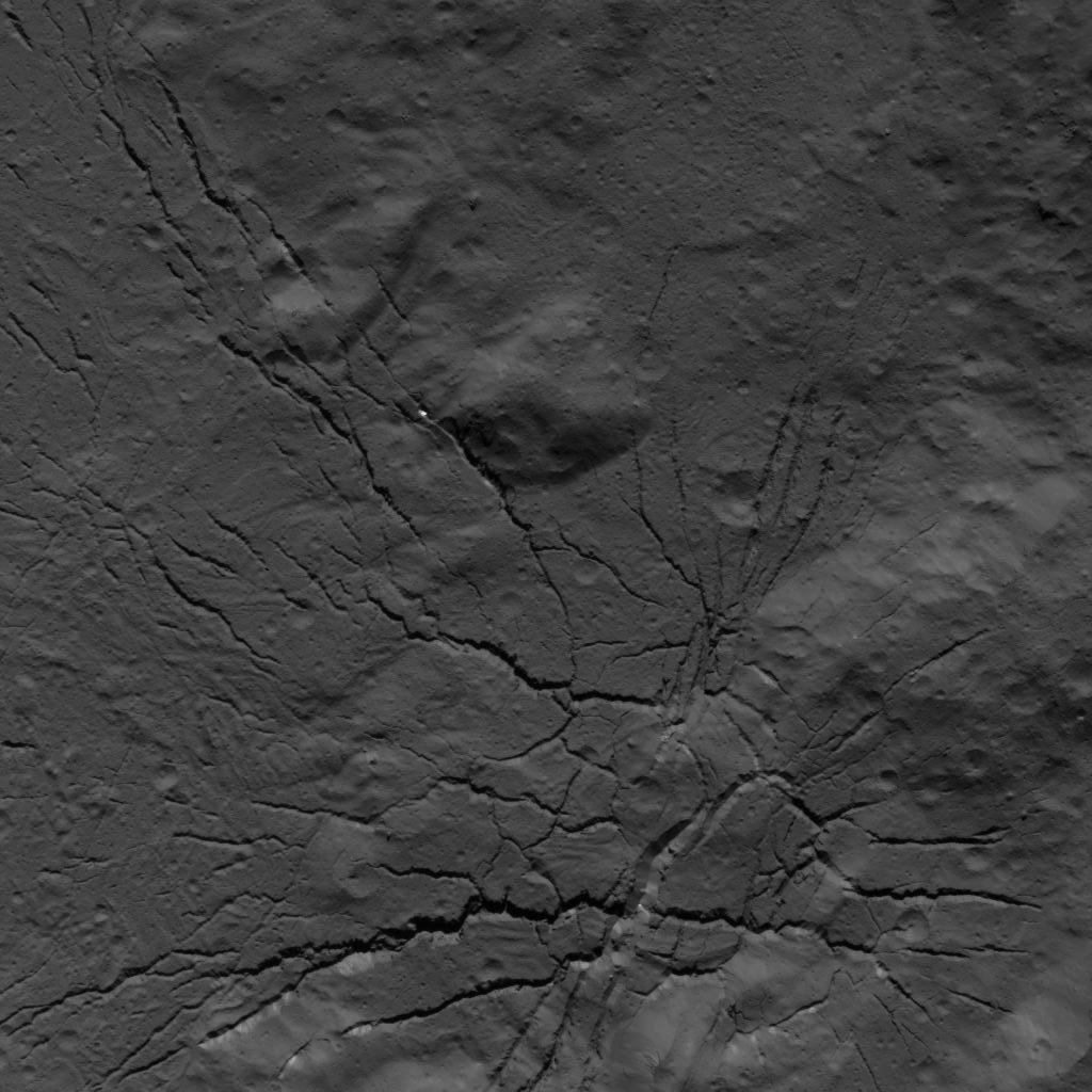 This image of a fracture network on the floor of Occator Crater was obtained by NASAs Dawn spacecraft on July 26, 2018 from an altitude of about 94 miles (152 kilometers).