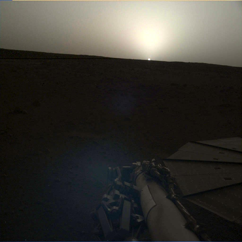 NASAs InSight lander used the Instrument Deployment Camera (IDC) on the end of its robotic arm to image this sunset on Mars on April 25, 2019.
