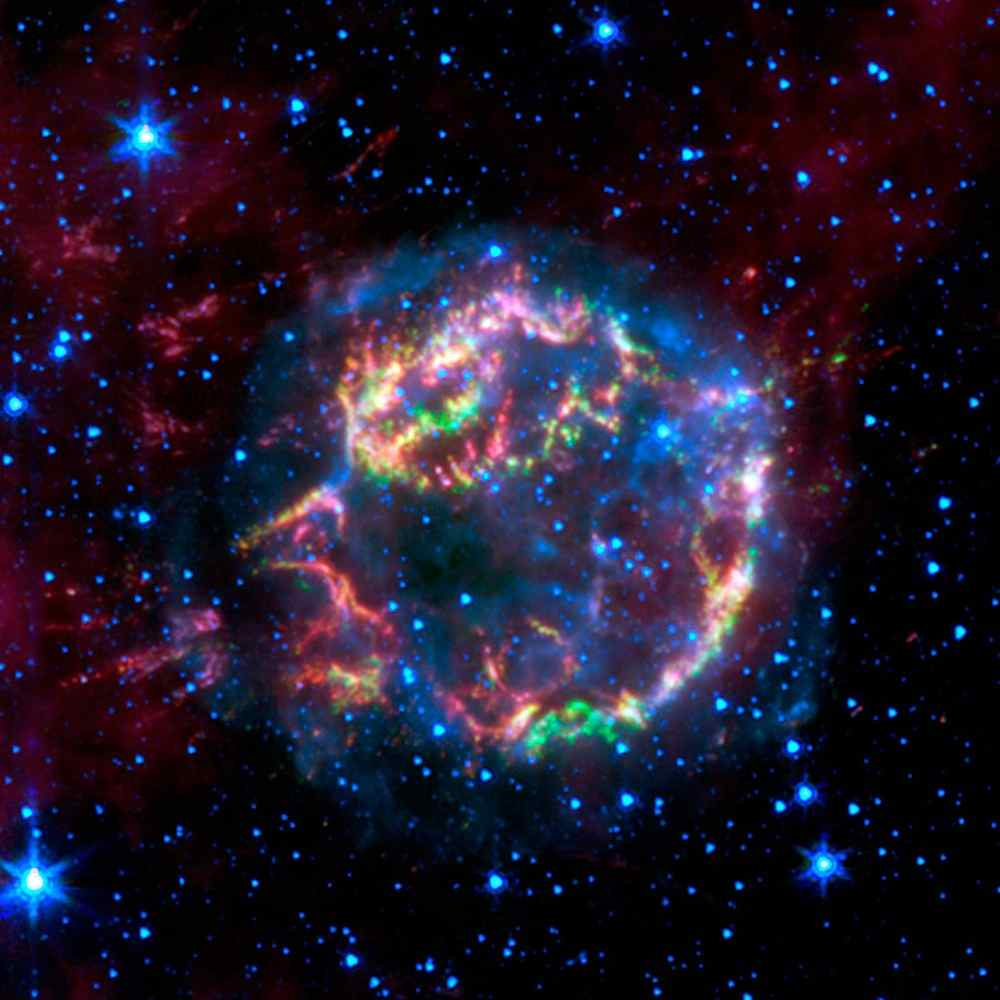 Space Images | Lighting up a Dead Star's Layers