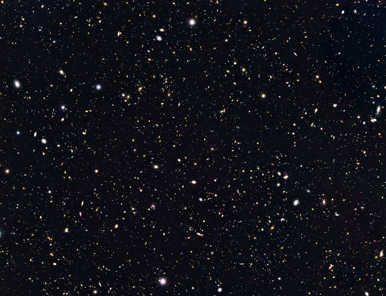 Space Images | Distant Galaxies in Goods North