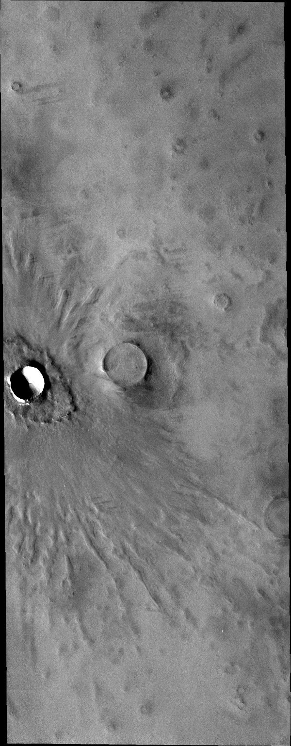 This image captured by NASA's 2001 Mars Odyssey spacecraft shows the same crater as yesterday's IR image.