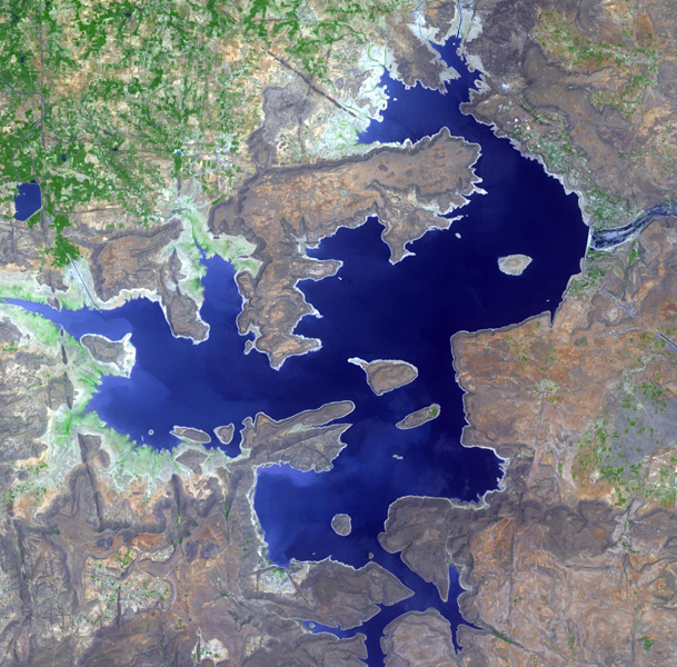 The Nagarunja Sagar Dam on India's Krishna River is the largest masonry dam in operation in the world. This image is from NASA's Terra spacecraft.