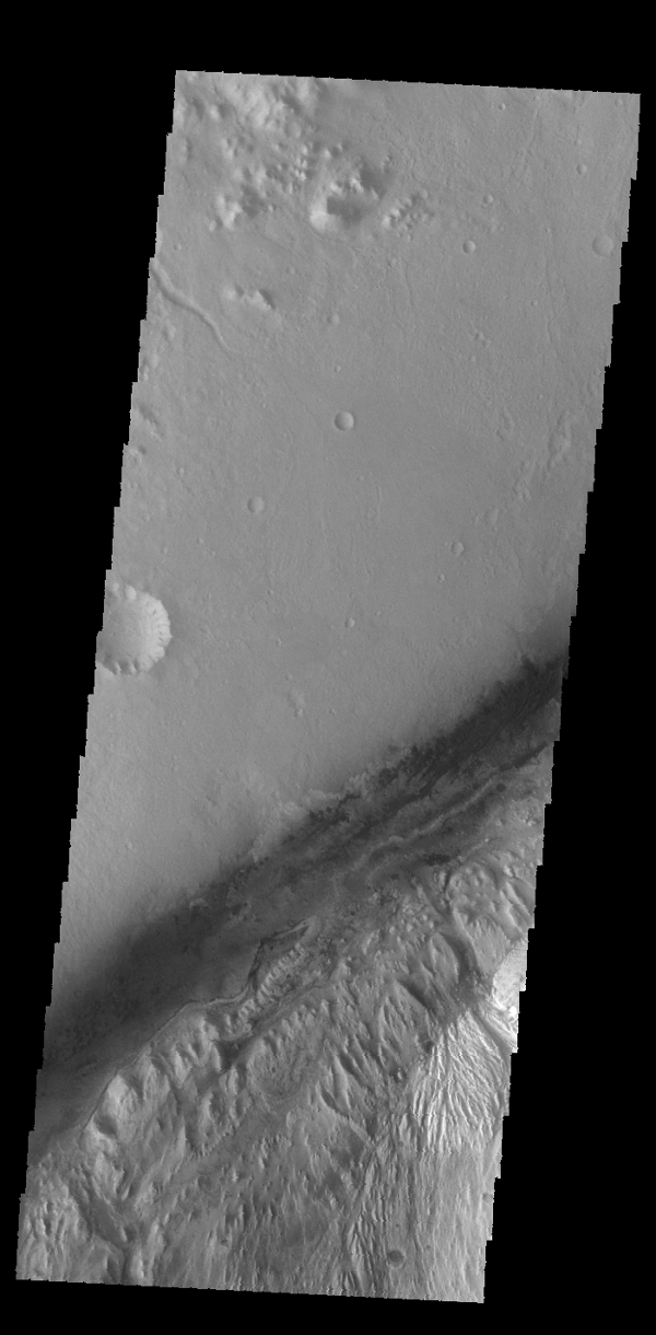 Space Images   Gale Crater