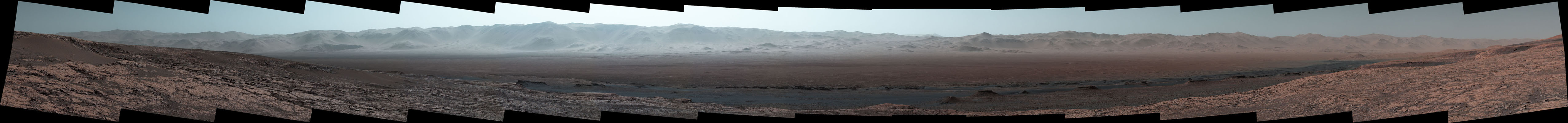 Wide-Angle Panorama from Ridge in Mars' Gale Crater