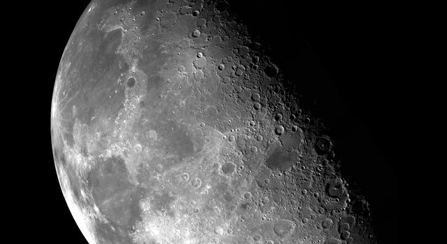 This view of the Moon's north pole is a mosaic assembled from 18 images taken by NASA's Galileo's imaging system through a green filter as the spacecraft flew by on December 7, 1992.