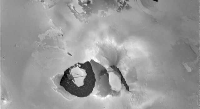 The detailed structure near the volcano Loki is like nothing seen elsewhere on Io. When NASA's Voyager 1 took this picture, the main eruptive activity came from the lower left of the dark linear feature (perhaps a rift) in the center.