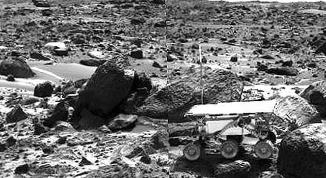 This image shows NASA's Sojourner rover's Alpha Proton X-ray Spectrometer (APXS) deployed against the rock 'Stimpy' on the afternoon of Sol 68 (September 11, 1997).