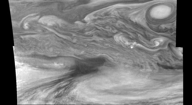 Mosaic of Jupiter's equatorial region at 756 nanometers (nm). The mosaic covers an area of 34,000 kilometers by 22,000 kilometers. These images were taken on December 17, 1996 by the Solid State Imaging system aboard NASA's Galileo spacecraft.