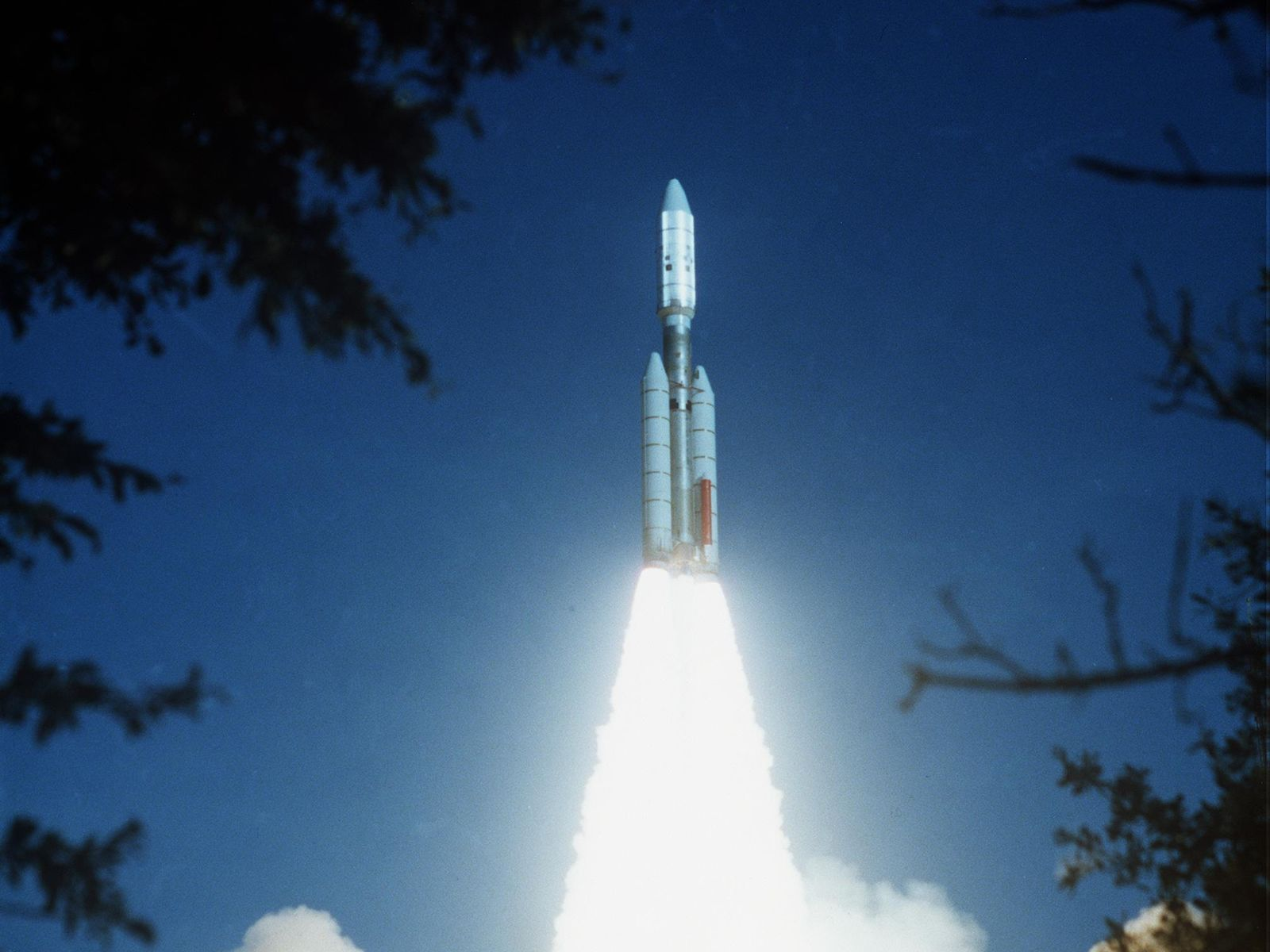voyager 2 launch - photo #18