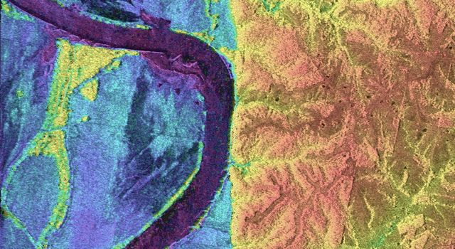 Space Radar Image of Missouri River - TOPSAR