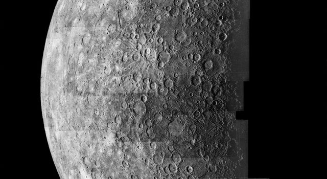 Photomosaic of Mercury - Inbound View