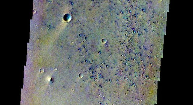 This false-color image released on May 14, 2004 from NASA's 2001 Mars Odyssey of the Mars Pathfinder Landing site was acquired July 17, 2002, during northern spring.