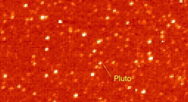 The Long Range Reconnaissance Imager on NASA New Horizons acquired images of the Pluto field three days apart in late September 2006, in order to see Pluto's motion against a dense background of stars.