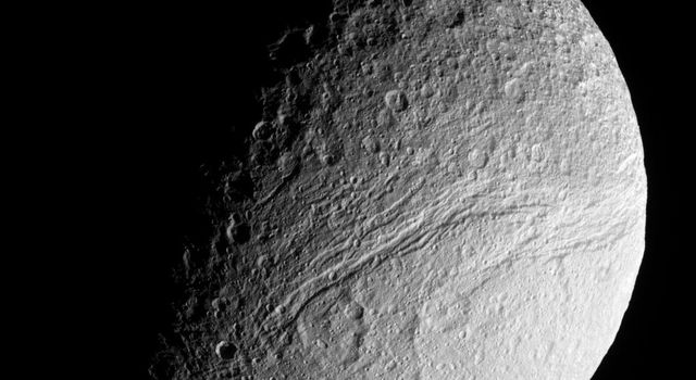 NASA's Cassini spacecraft provides an excellent view of the southernmost reaches of the great rift of Saturn's moon Tethys -- Ithaca Chasma.