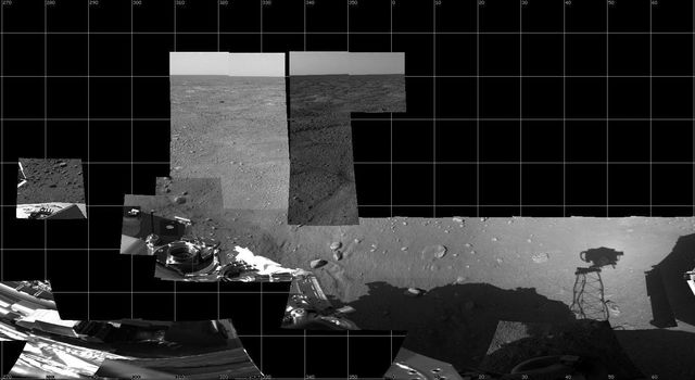 This image shows the Surface Stereo Imager (SSI) instrument onboard NASA's Phoenix Mars Lander.