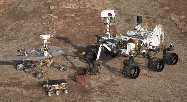 Three Generations in Mars Yard, High Viewpoint