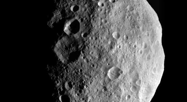 This image is from the last sequence of images NASA's Dawn spacecraft obtained of the giant asteroid Vesta, looking down at Vesta's north pole as it was departing. Dawn escaped from Vesta's orbit on Sept. 4, 2012 PDT (Sept. 5, 2012 CET).