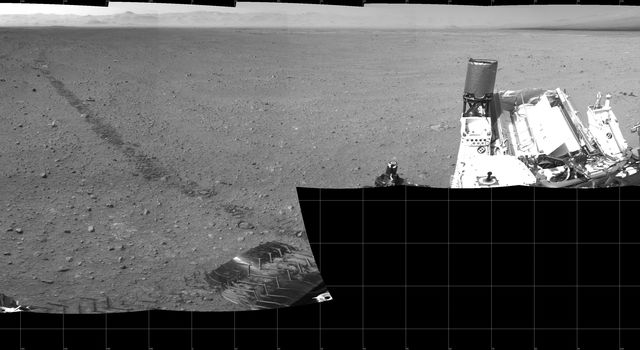 This scene shows the surroundings of the location where NASA's Mars rover Curiosity arrived on the 29th Martian day, or sol, of the rover's mission on Mars (Sept. 4, 2012).