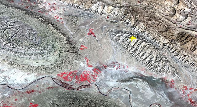 On April 9, 2013 at 11:52 GMT, this image acquired by NASA's Terra spacecraft, shows the location of a magnitude 6.3 earthquake hit southwestern Iran's Bushehr province near the town of Kaki.