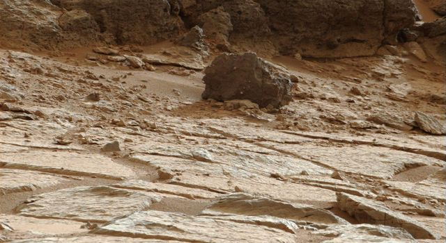 This image from NASA's Curiosity was taken by the right (telephoto-lens) camera of the Mast Camera (Mastcam) on the rover during the 193rd Martian day, or sol, of Curiosity's work on Mars (Feb. 20, 2013) in the 'Glenelg' area.
