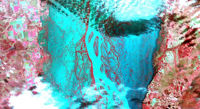 This image, acquired by NASA's Terra satellite on July 6, 2013, shows heavy rains, which began in mid-June, resulting in major flooding along the Parana River in Argentina.