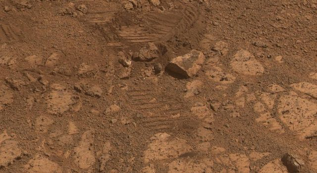 This image from the panoramic camera (Pancam) on NASA's Mars Exploration Rover Opportunity shows the location of 'Pinnacle Island' rock before it appeared in front of the rover in early January 2014.