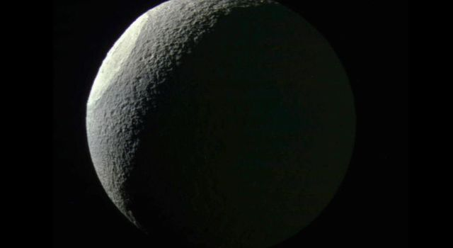 Bright Basin on Tethys