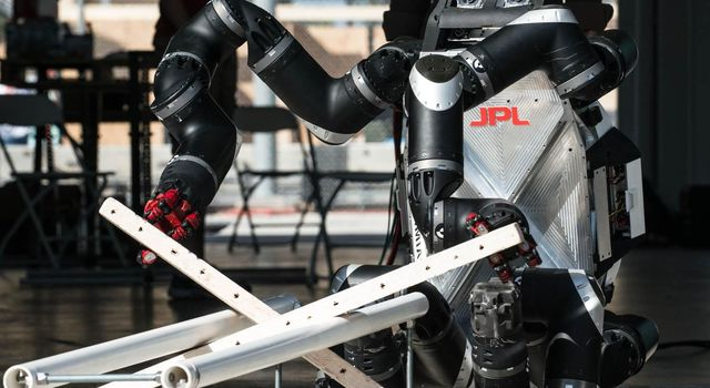RoboSimian, a limbed robot developed by engineers at NASA's Jet Propulsion Laboratory in Pasadena, California, competed in the DARPA Robotics Challenge (DRC) Trials in Florida in December 2013.