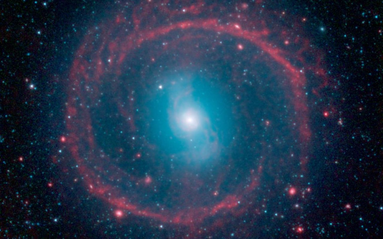 Real Space Wallpapers: Ring Of Stellar Fire