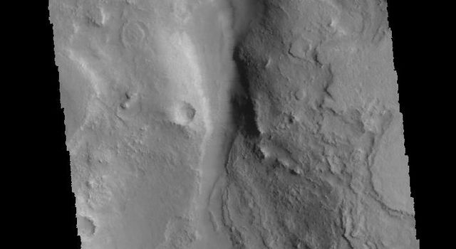 This image captured by NASA's 2001 Mars Odyssey spacecraft shows part of Huo Hsing Vallis, located on the northern margin of Terra Sabaea.