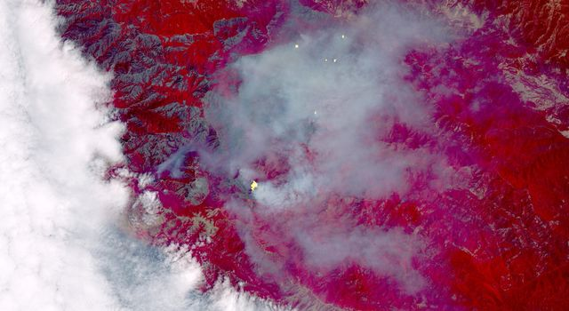 Growing Wildfire Near Big Sur, California Imaged by NASA's Terra Spacecraft