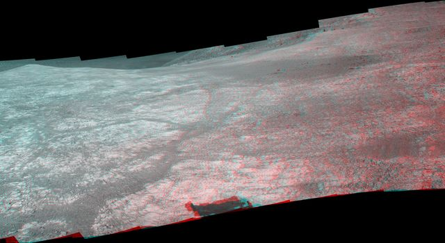 Mars Rover Opportunity's Panorama of 'Marathon Valley' (Stereo)