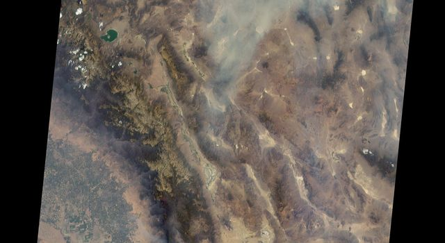 Long Smoke Plumes from California's Destructive Blue Cut Fire Spotted by NASA's MISR