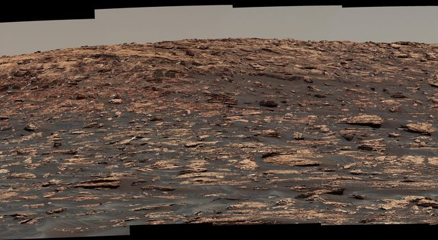 Curiosity View of 'Vera Rubin Ridge' From Below, Sol 1734
