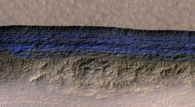 Underground Martian Ice Deposit Exposed at Scarp