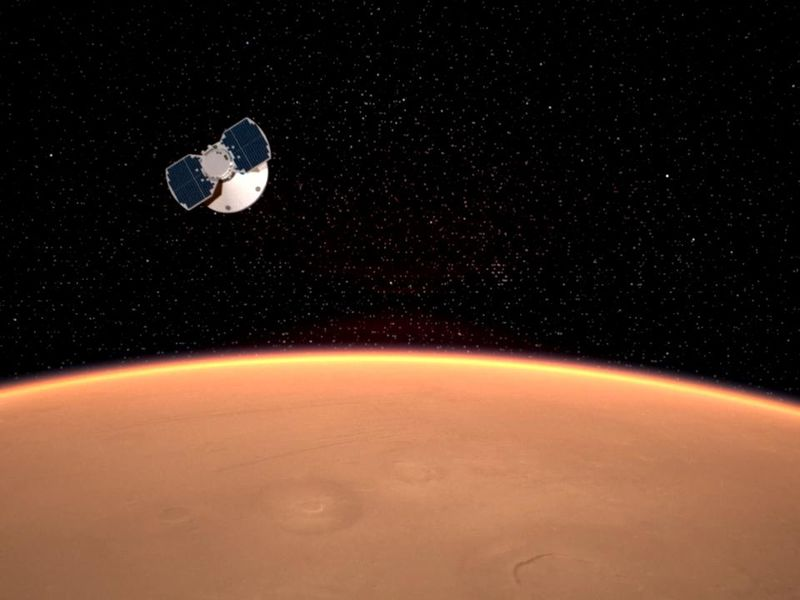 Landing Day for InSight PIA22099-800x600