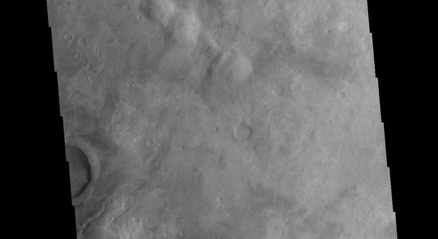 This image from NASAs Mars Odyssey shows part of the floor of Kaiser Crater, including several sand dunes. Kaiser Crater is located in Noachis Terra.